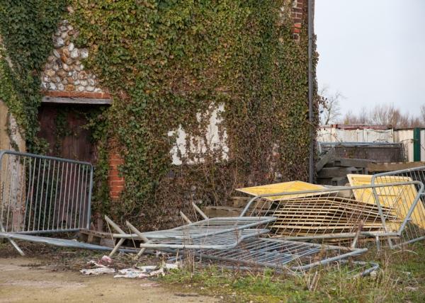 Builders Yard, Hempton Keith Osborn