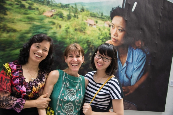 Catherine Kranow with Tran Thi Diep and her daughter
